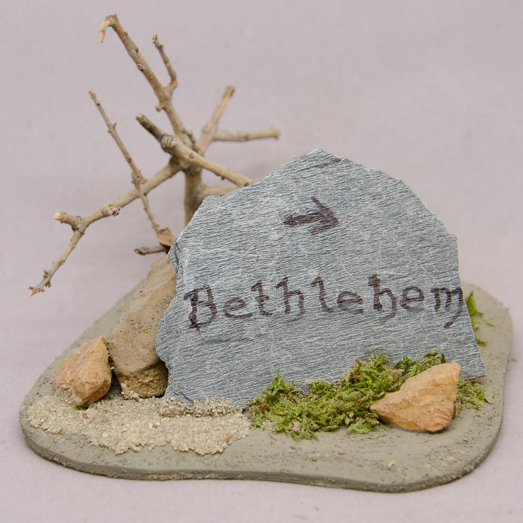 Wegweiser Bethlehem auf Steinplatte
