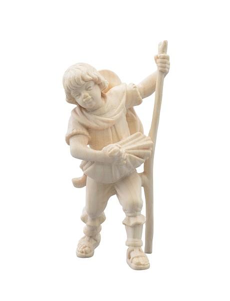 Junge mit Holz