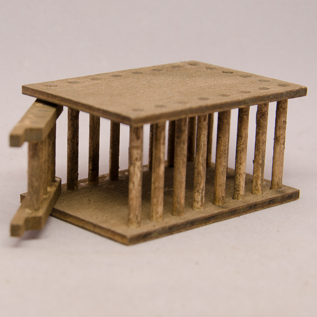 Holzkäfig
