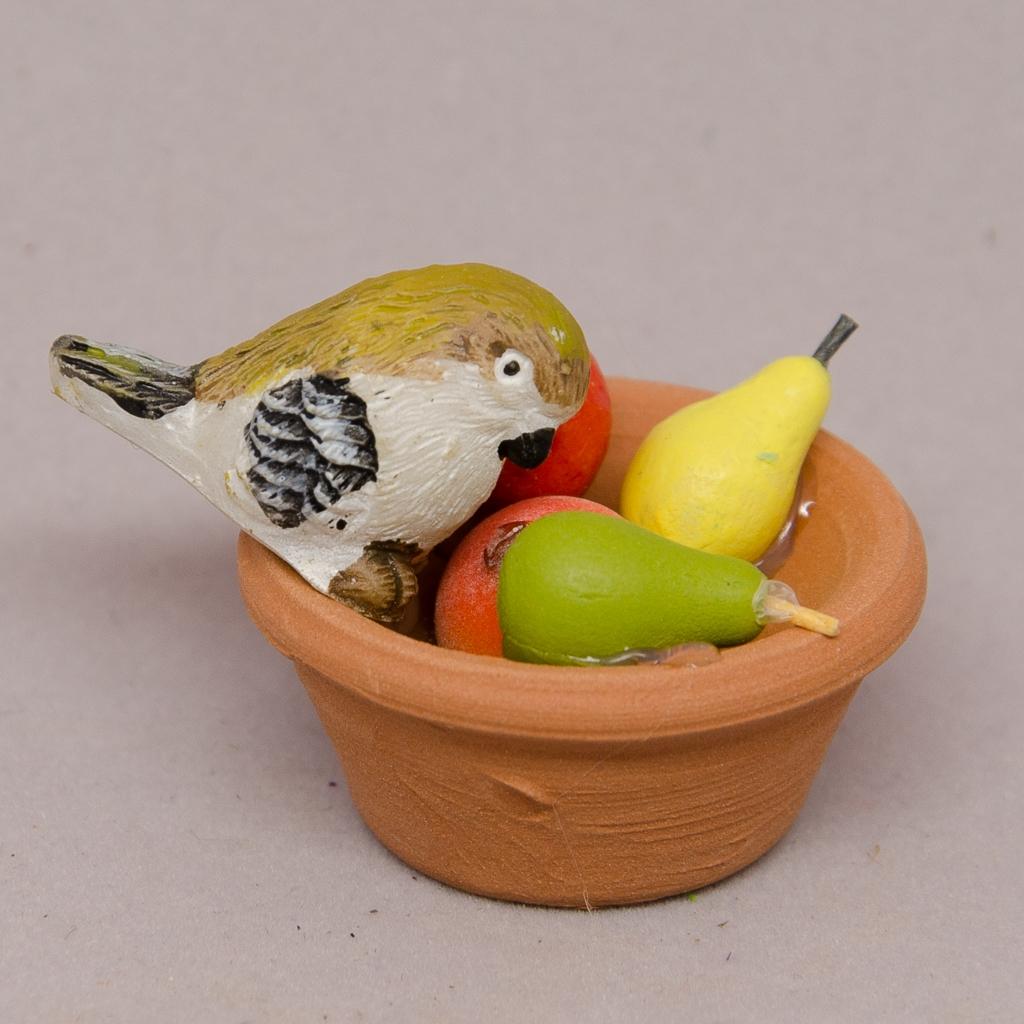 Früchteteller aus Terrakotta mit Vogel